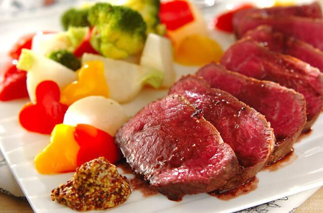 ローストビーフの温野菜添え