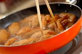 揚げ手羽の甘辛煮の作り方2