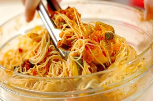 たっぷり夏野菜の冷製パスタの作り方の手順10