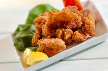 鶏もも肉の唐揚げ