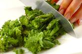 豚肉と菜の花のピリ辛炒めの作り方2