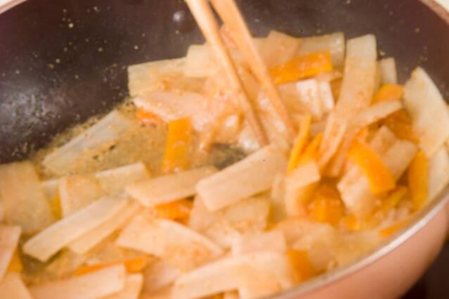 炒めゴマなますの作り方の手順4