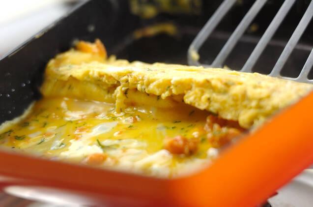 鮭入り洋風卵焼きの作り方の手順4