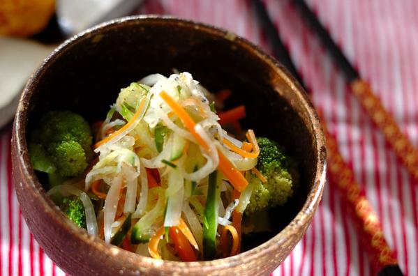 たっぷり茹で野菜サラダ
