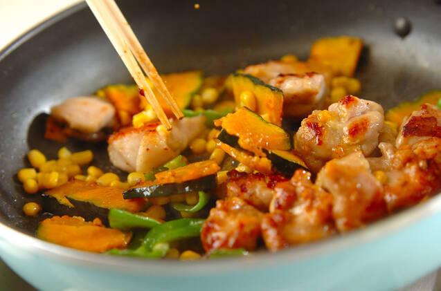 鶏肉とカボチャのみそバター炒めの作り方の手順7