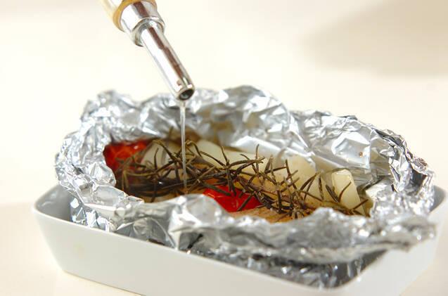 ジャガイモのハーブホイル蒸し焼きの作り方の手順5