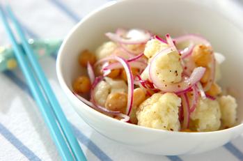 ヒヨコ豆とカリフラワーのサラダ