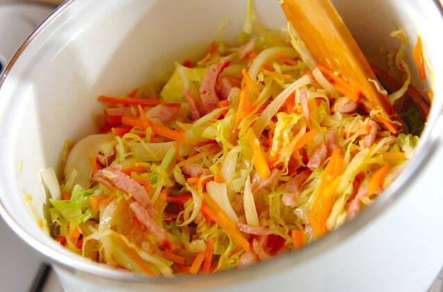せん切りキャベツのスープの作り方の手順5