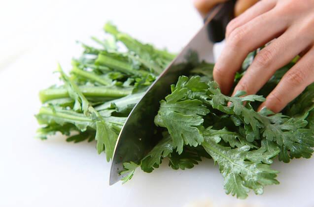 野菜たっぷり!あったかカニ鍋の作り方の手順3