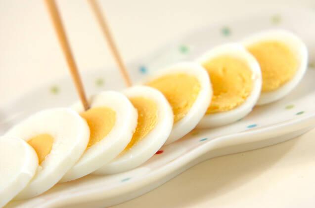 ゆで卵のハーブマヨソースの作り方の手順1