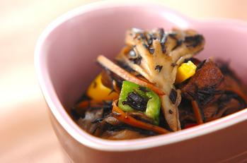 キノコと芽ヒジキの煮物