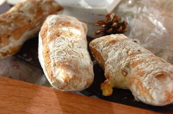 トロッとチーズのチャバタ