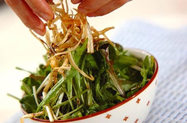 揚げゴボウのサラダの作り方の手順5