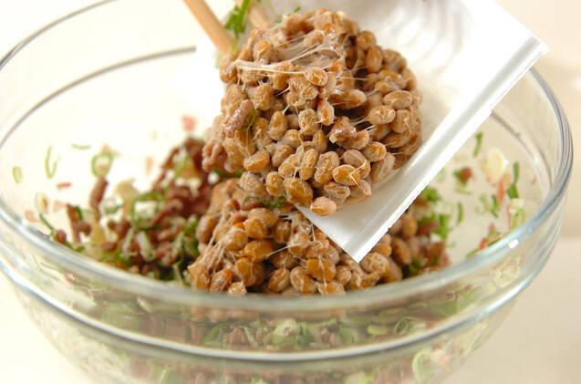 レンジモヤシのそぼろ納豆ソースの作り方の手順2