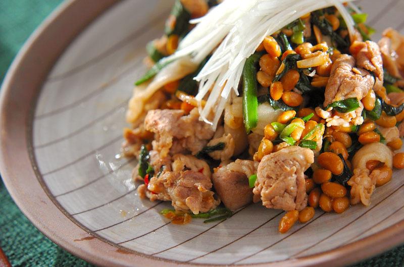 納豆と豚肉の炒め物