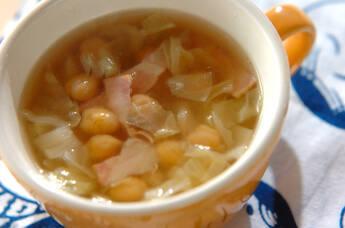 ヒヨコ豆とキャベツのスープ