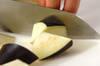野菜だけでこってり!ナスとコンニャクのゴマみそ和えの作り方の手順1