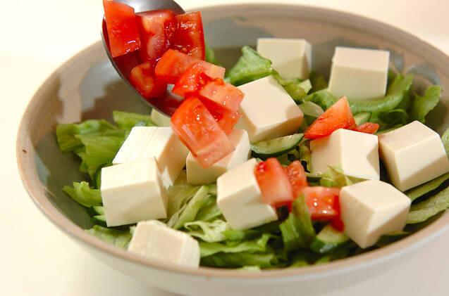 豆腐とトマトの酢みそサラダの作り方の手順3