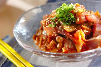 アジの納豆キムチユッケ