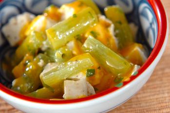 豆腐とフキのサラダ