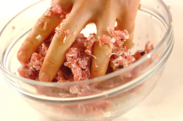肉団子のオイスターあんの作り方の手順2