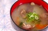 豚肉と根菜の白みそ汁
