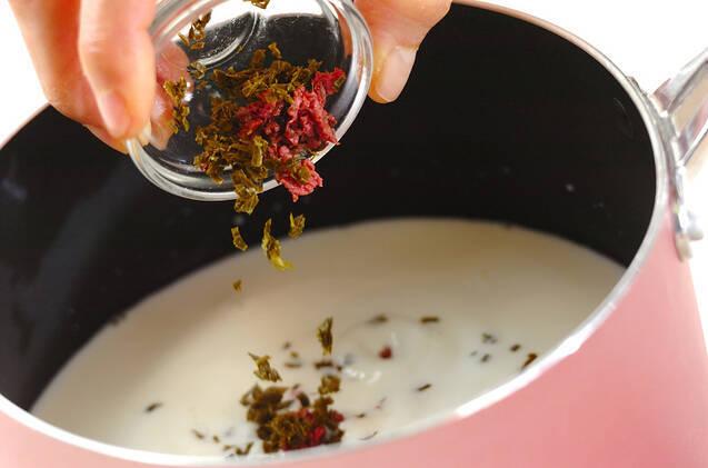 桜スフレの作り方の手順2