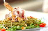 茶そばの豚シャブゴマサラダの作り方2