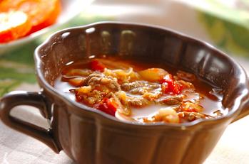 牛肉入りトマトスープ
