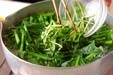小松菜と干しエビの甘酢の作り方1