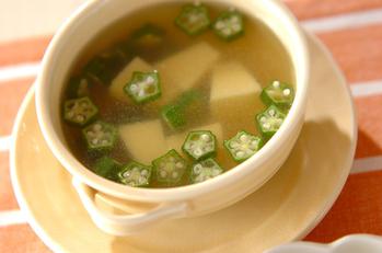 オクラと卵豆腐のスープ
