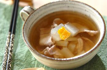 塩もみ大根と豚肉のスープ