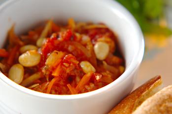大豆と野菜のトマト煮込み