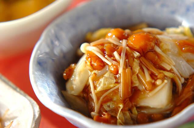 えのき白菜なめこがたっぷりのとろみのある和え物