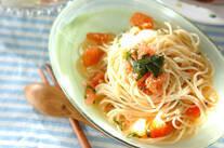 トマトとバジルの冷製パスタ
