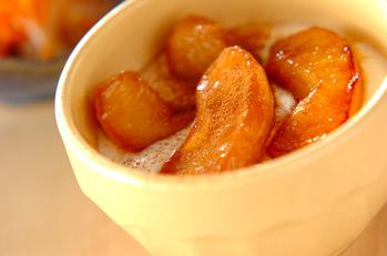 リンゴのカラメル煮
