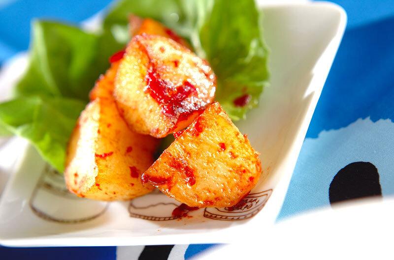 3. ジャガイモの梅バターソテー