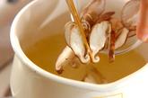 ホウレン草とシイタケのみそ汁の作り方1