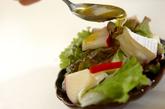 レタスとカマンベールチーズのサラダの作り方1