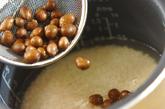 むかごの炊き込みご飯の作り方2