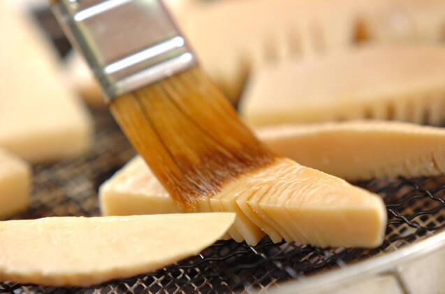 季節感を手軽に!シンプル焼きタケノコの作り方の手順4