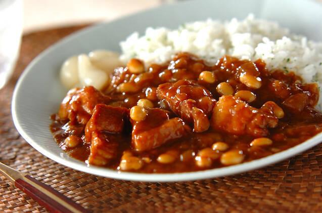 豚バラブロックと大豆のポークカレー