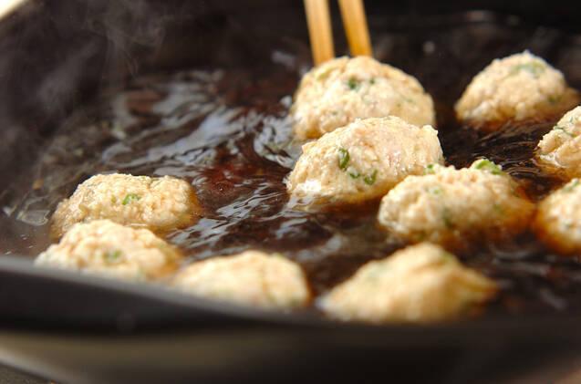 豆腐入りふんわり鶏肉団子のスープ煮の作り方の手順2