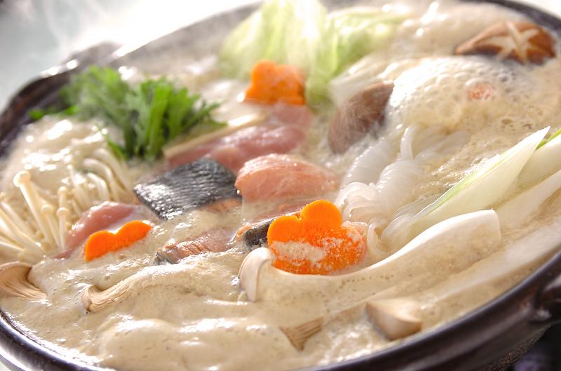 鮭とかぶの豆乳鍋
