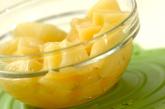 パイナップルとココナッツのタルトの下準備1
