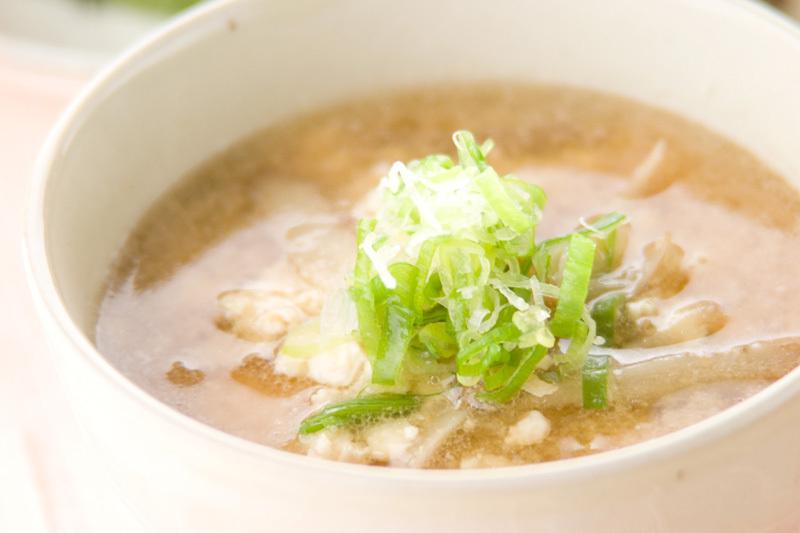 8.炒り豆腐のごまみそ汁