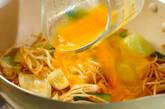 モヤシのピリ辛卵とじの作り方5