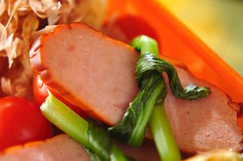 焼豚の小松菜結び