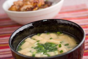滋味あふれる 大豆の呉汁(ごじる)