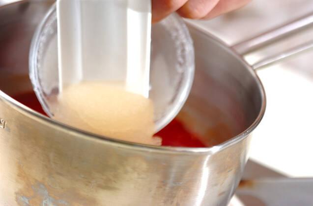 トマトジュースのサラダの作り方の手順1